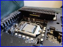 Asus Sabertooth z77 motherboard + Intel Core i7 3770K 3.5ghz CPU + 16GB of RAM